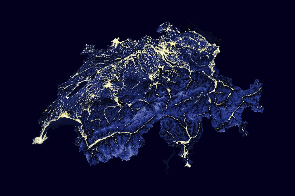 Bild_Schweiz_bei_Nacht_web